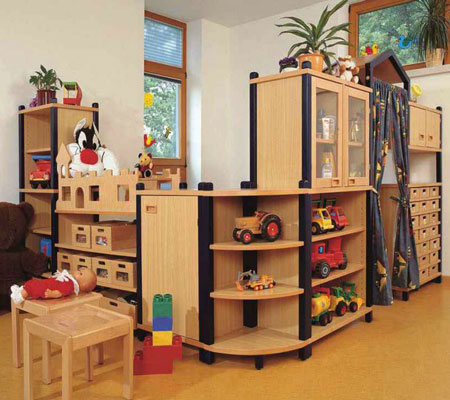 stollenschrank kombinationen als raumteiler und m bel f r kita oder kindergarten kita. Black Bedroom Furniture Sets. Home Design Ideas