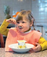 Kinder-Lätzchen aus Jacquardgewebe - Anwendungsbeispiel