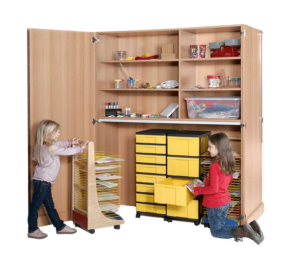 garagenschrank malen basteln spezial schr nke. Black Bedroom Furniture Sets. Home Design Ideas
