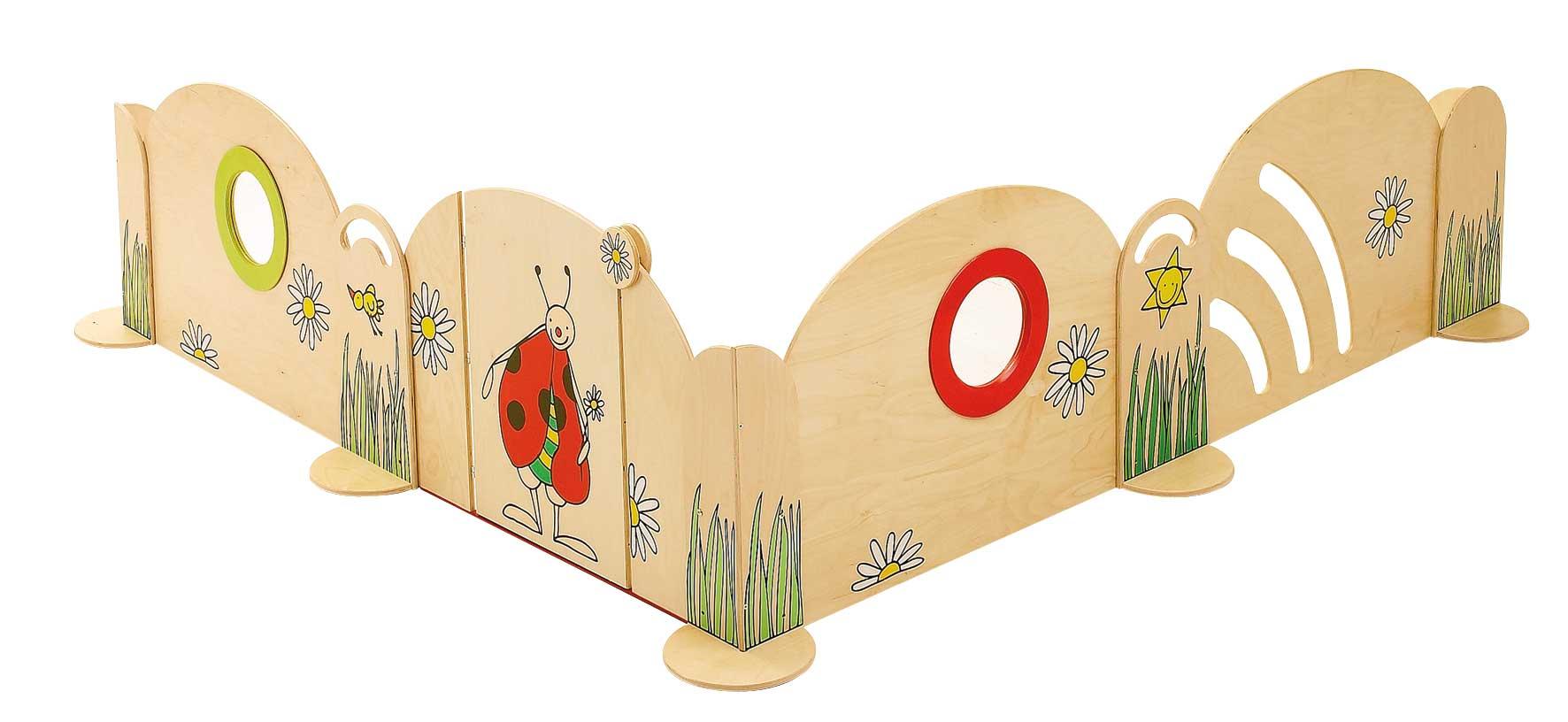 Spielecke Blumenwiese mit Tür für Gruppenraum im Kindergarten oder Kindertagesstätte