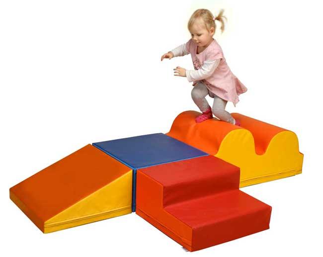 4-teiliges-Baumodul-MEDI-fuer-kita-und-kindergarten