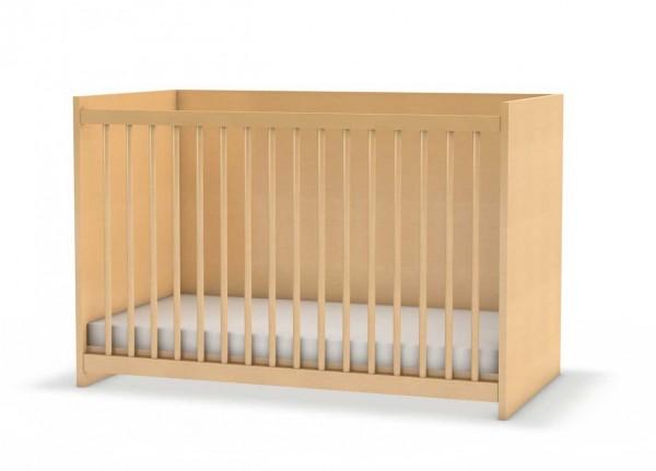 Stabiles Kinderbett mit geschlossener Rückwand und Vorderseite mit Gitterstäben