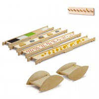 Balancierparcours Rocky von Erzi® - 4 Balancierbretter, 2 Holzwippen Rocky Rocker, 1 Wandhalterung