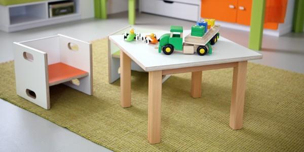 Wandelstühle debe.decor mit passendem Tisch